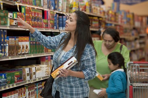 many people wonder how to save money on groceries and we've got some great tips